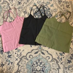 Pack of 3 Hollister tank tops